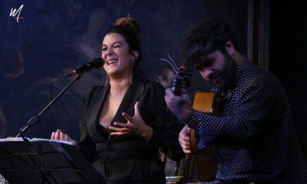 Alba Molina presentó  'Caminando con Manuel'