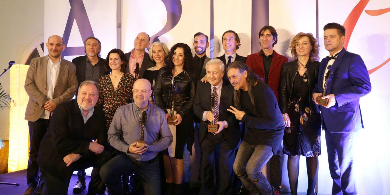 Camela y Santiago Auserón  reciben los Reconocimiento A.R.T.E. 2018