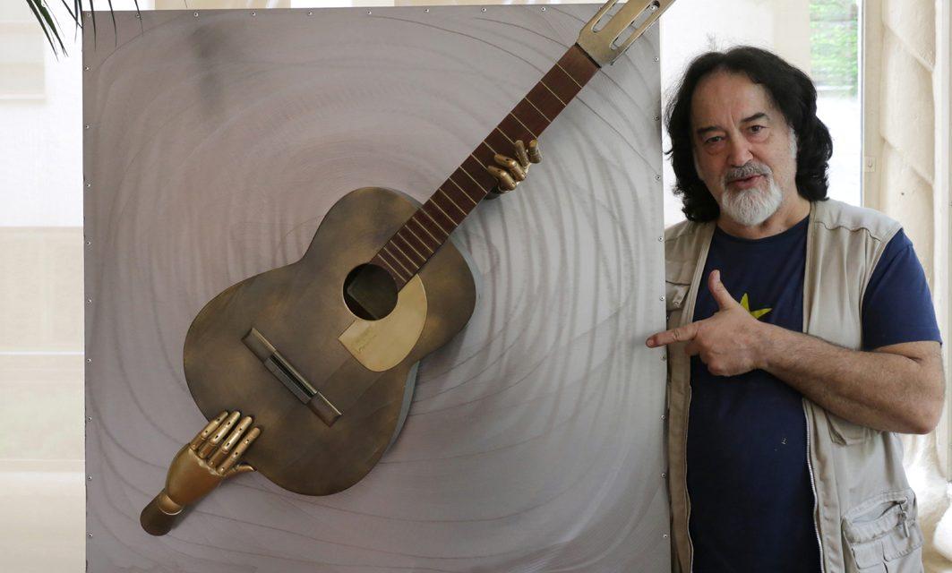 """José Luís Campuzano """"Sherpa"""" músico y escultor…"""