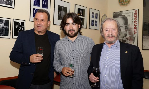 "Álvaro Martinete presenta su primer disco,""Seis Veredas""."