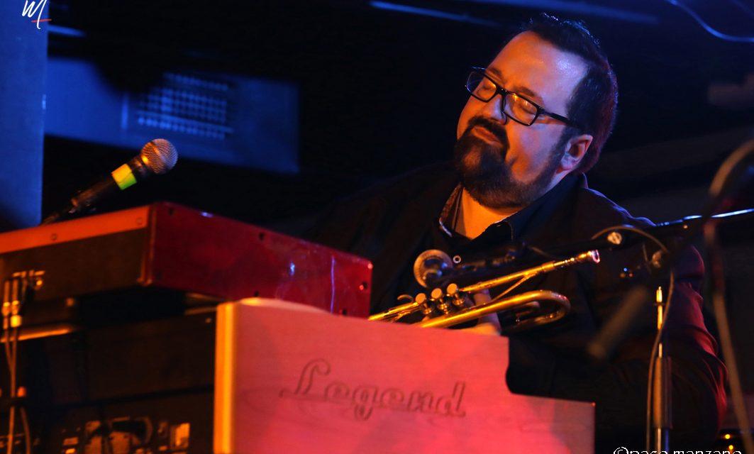 Joey DeFrancesco con Momentos Alhambra Música en laSala Clamores. Madrid