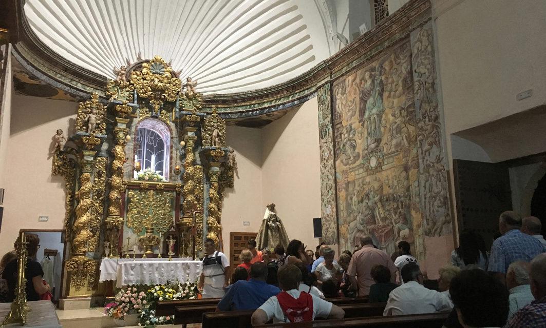 La Solana, una noche de romería en el Castillo de Pañarroya.