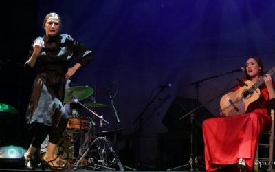 """Flamencos y Mestizos con María Marín y Lucía Álvarez """"La Piñona""""."""